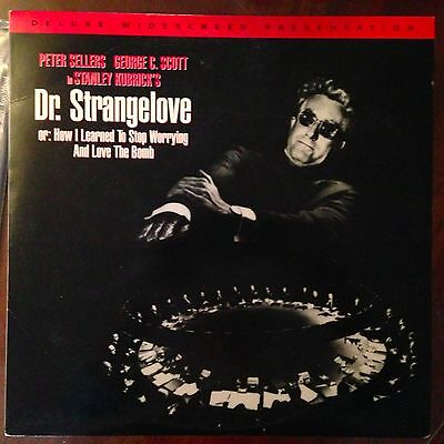 Dr. Strangelove / Widescreen  - LASERDISC  Buy 6 for free shipping