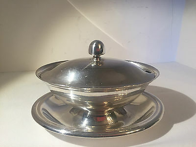 Reed & Barton Silver Soldered Covered Sauce Gravy Bowl Attached Underplate 170