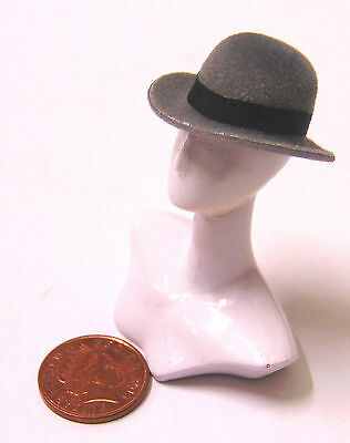 1:12 Scale Dark Grey Bowler Hat Dolls House Miniature Clothing Accessory