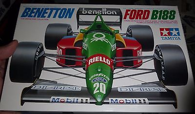 Tamiya BENETTON FORD B188 1/20 F1 Model Car Mountain 20021