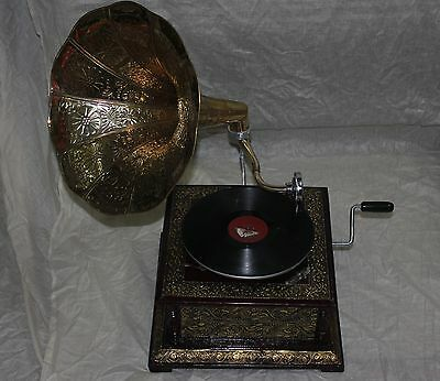 Traditional Radio Gramophone Phonograph Plain Brass Horn Sound Box With Needles