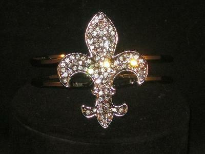 NEW SILVERTONE FLEUR DE LIS W/CLEAR CRYSTAL RHINESTONE BRACELET BANGLE a271a
