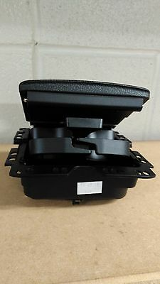 Genuin Volkswagen tiguan Sharan rear armrest cup holder 7N0862533 Brand new