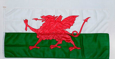 welsh dragon sewn flag - Quality heavy duty outdoor flag-rope and toggle 2-3 yd
