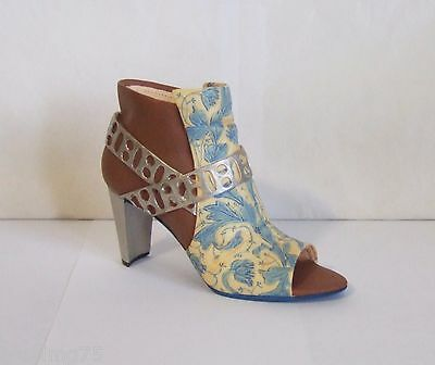 Just The Right Shoe by Raine 2002 Zapata #25173 Willitts NIB COA (SH1)
