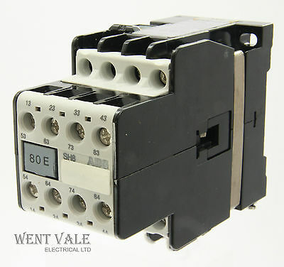 AEG SH8-80E-910-302-619-81 - 20a  Eight Pole Control Relay 240vac Coil Un-used