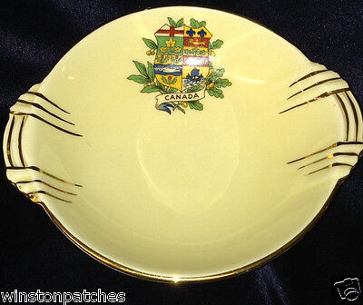 Royal Winton 4870 Canada Canadian Souvenir Ware Shield Crest Lugged Round Bowl
