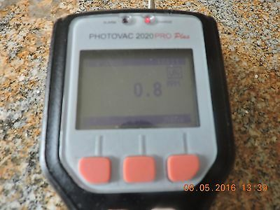 Vapor Analyzer / Gas Detector – A Photovac 2020 Pro Plus