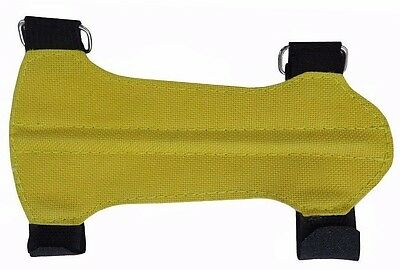 "CHILD TARGET ARCHERY FABRIC & SUEDE ARM GUARD ( 5.5"" L x 3"" W ) YELLOW"