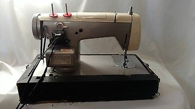 Vintage Sears Kenmore Model 158.52 Portable Sewing Machine With Case