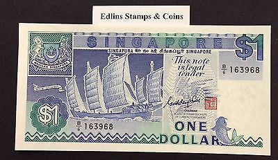 1987 $1 Singapore Banknote - Uncirculated - Pick 18A - B/6 163968