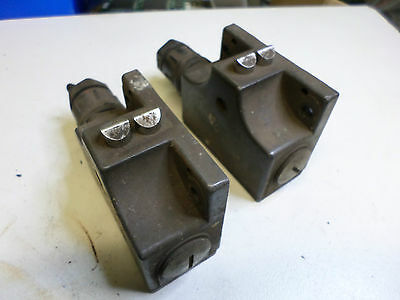 EUCHNER LIMIT SWITCH - Qty of 2 - TWIN HEAD CHISEL POINT SN02 D12-502 PRECISION
