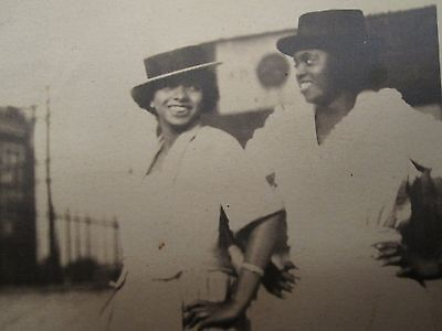 Antique African American Flapper Girls Fashion Hats Smiling Happy Women Photo