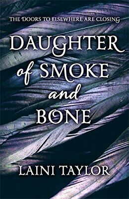 Daughter of Smoke and Bone: The Sunday Times Bestseller. Dau... by Taylor, Laini
