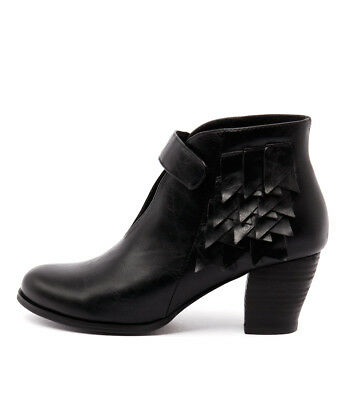 New I Love Billy Degree Black Womens Shoes Casual Shoes Heeled