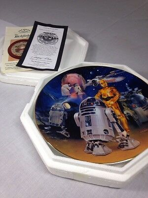 """Star Wars Plate """"R2-D2"""" Heroes And Villains Collection"""