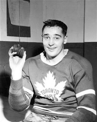 Frank Mahovlich Toronto Maple Leafs  Unsigned 8x10 Photo
