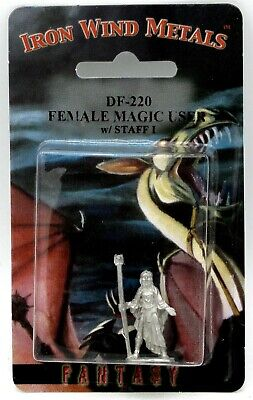 Ral Partha DF-220 Female Magic User with Staff I (Player Character) Mage Wizard