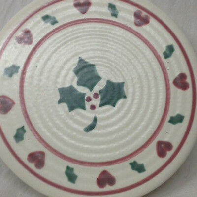 Treasure Craft Noel Holly Heart Holiday Round Trivet