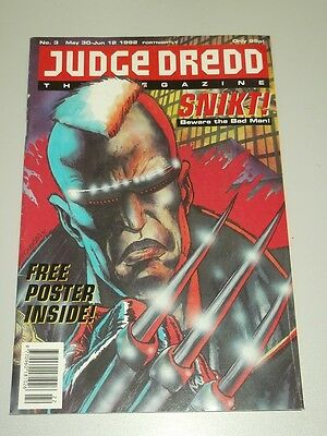 2000Ad Megazine #3 Vol 2 Judge Dredd With Free Gift*