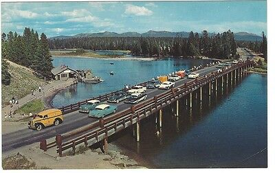 Vintage Cars on Fishing Bridge, Yellowstone, Old Unused Plastichrome Postcard