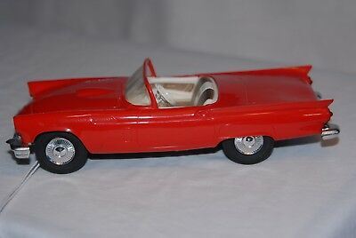 1957 Ford Thunderbird Convertible, AMT1/25 scale