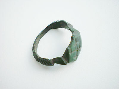 Gorgeous ANCIENT RARE Wearable Viking Bronze SIGNET RING ca 10 - 12 century AD