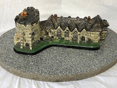 Vintage Style Unusual Pottery Model Sculpture Of Stokesay Castle Shropshire