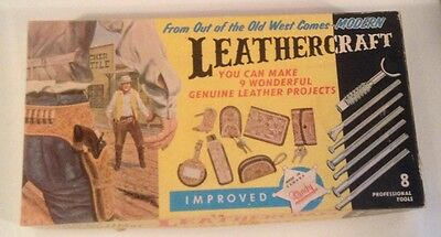 Tandy Leathercraft Beginners Kit #6461 Great Condition, Many Items Unused!!!!