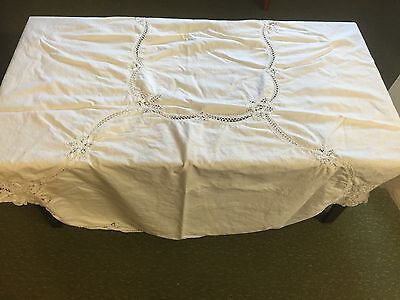 Vintage White Lace Tablecoth - 95x65 Oval 100% Cotton