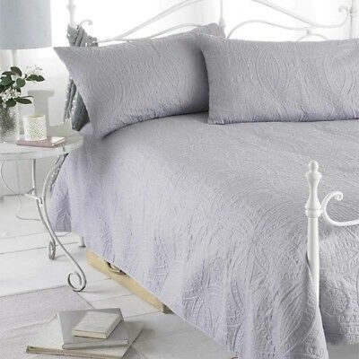 Grey Parisienne 3Pc Embossed Bedspread & Pillow Shams 240x260cm Double/King NEW