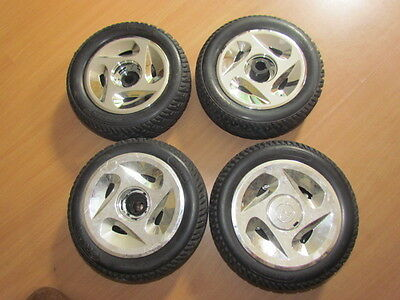 """Golden Technologies rims 260 x 85 (10"""" X 3"""") tires for mobility scooter project"""