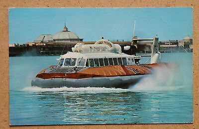 S.R.N.6 Hovercraft, Ryde, Isle of Wight. 1969 RP  (ref PC7-01)