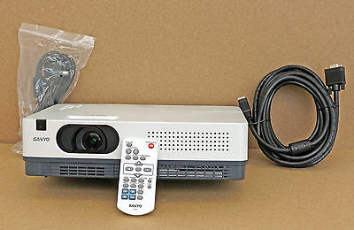 Sanyo Xd2200 Multimedia Projector 1176 Hours Portable Beamer Home Office Cheap