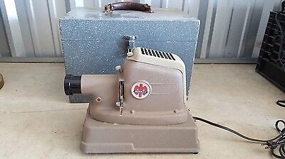 Vintage Mansfield Metro Single Slide Projector with Box