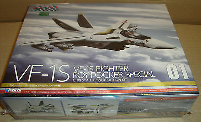 Macross Vf-1S Fighter Roy Focker Special 01 1:100 Scale Construction Kit - Wave