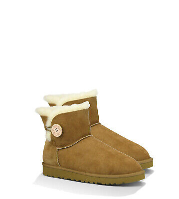 """Real Aus Ugg 6"""" One Button  Real Aus UGG"""