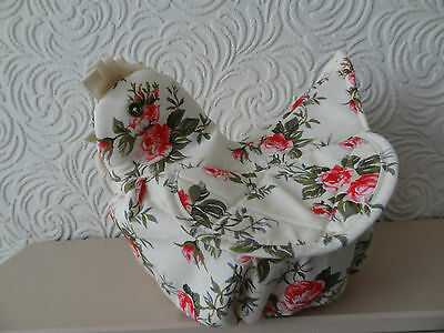Chicken shaped covered bread basket with roses