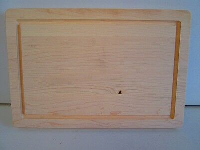 Maple Cutting and Serving Board with Well (1 1/4'' x 12'' x 18'')