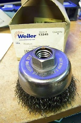 """nib Weiler 13245 3"""" X 5/8"""" - 11 Carbon Steel Crimped Wire Cup Brush"""