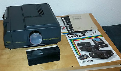 (MN) VINTAGE Braun 1615 AF Slide Projector - Made in Germany