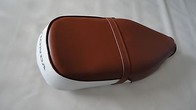 Honda C70 Passport 1980-1984 Seat saddle COVER BROWN/White H2655