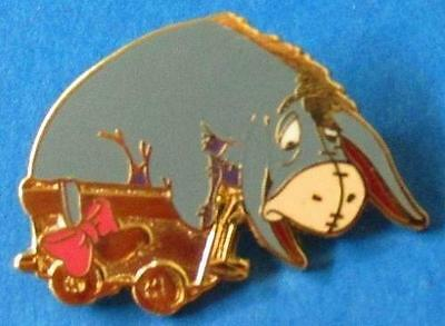 Disney Cast Lanyard Winnie the Pooh & Friends Train Series - Eeyore Box Car Pin
