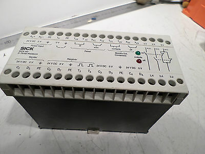 SICK LIGHT CURTAIN INTERFACE - SAFETY RELAY 1 013 410 -- LCUX1-400 - 24DC Supply