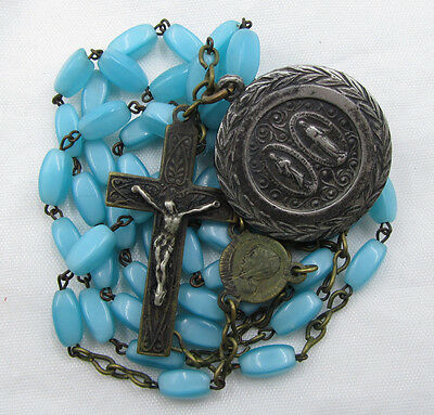 † Pilgramage To The Vatican Vintage Turquoise Oval Glass Bead Rosary & Medal †