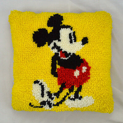 """Vtg Retro Canary Yellow MICKEY MOUSE Latch Hook Rug Knit Throw Pillow 17"""" x 17"""""""