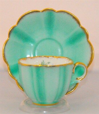 Taylor & Kent Tea Cup And Saucer Vibrant Green Floral With Scalloped Saucer ( Te