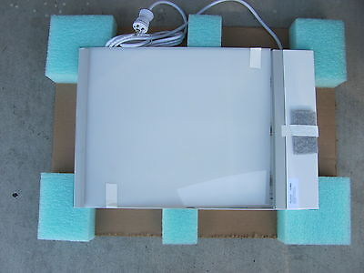 MAXANT  X-RAY ILLUMINATOR MODEL 4683 14in*17in NEW OPENED BOX NEVER USED