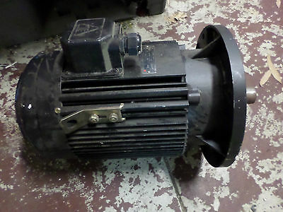 TECO 3 PHASE ELECTRIC MOTOR 5.5 kW 1440RPM - 380/415AC 12.4/11amps 38mm shaft