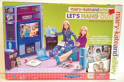 RARE Mattel 2001 Mary-Kate and Ashley Let's Hang Out! Room Accessory Pack NEW